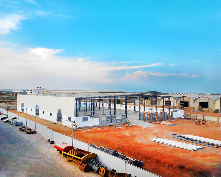 The insulation and waterproofing of PTH steel structure buildings are good